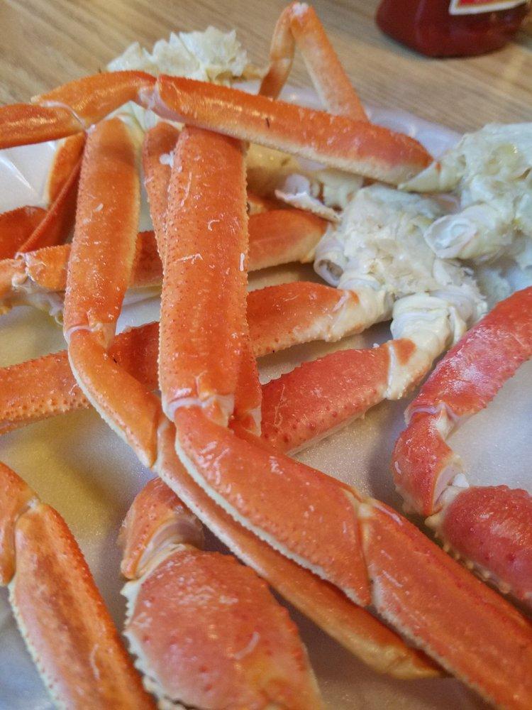 Bubba's Seafood Cabin: 12974 Ga Hwy, Darien, GA