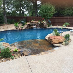 Custom Designs Pool Company Pool Cleaners 904 E Hwy 377