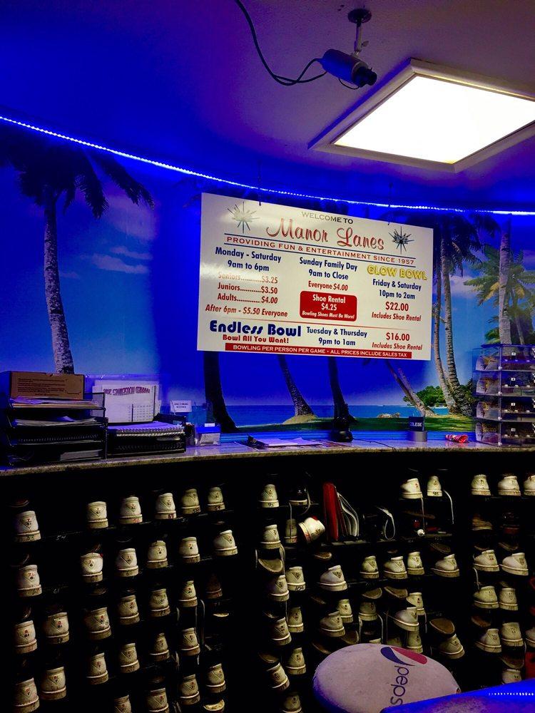 Manor Lanes Bowling 44 Photos Amp 42 Reviews Bowling