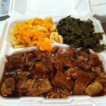 Photo Of Simmons Restaurant Charlotte Nc United States Beef Tips Over Rice