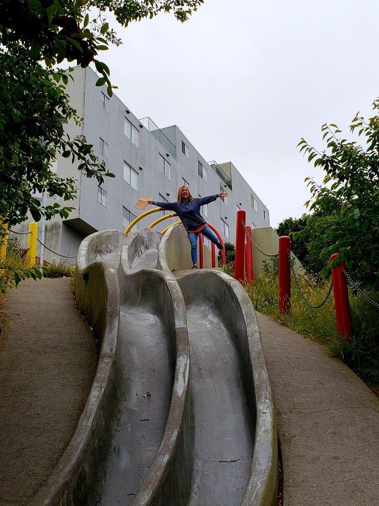 Seward Street Slides: 30 Seward St, San Francisco, CA