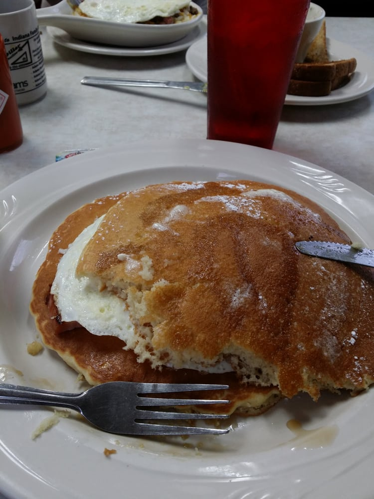 Indiana Pancake House: 1241 N 13th St, Decatur, IN
