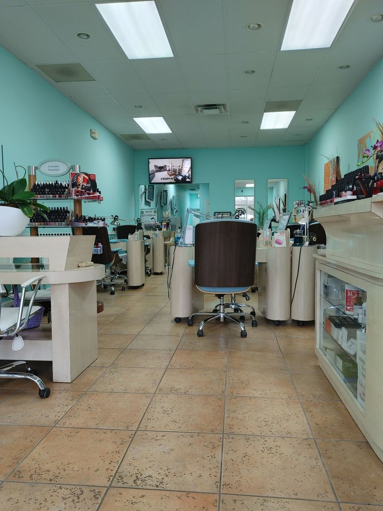 T Nails: 11129 Parkside Dr, Knoxville, TN