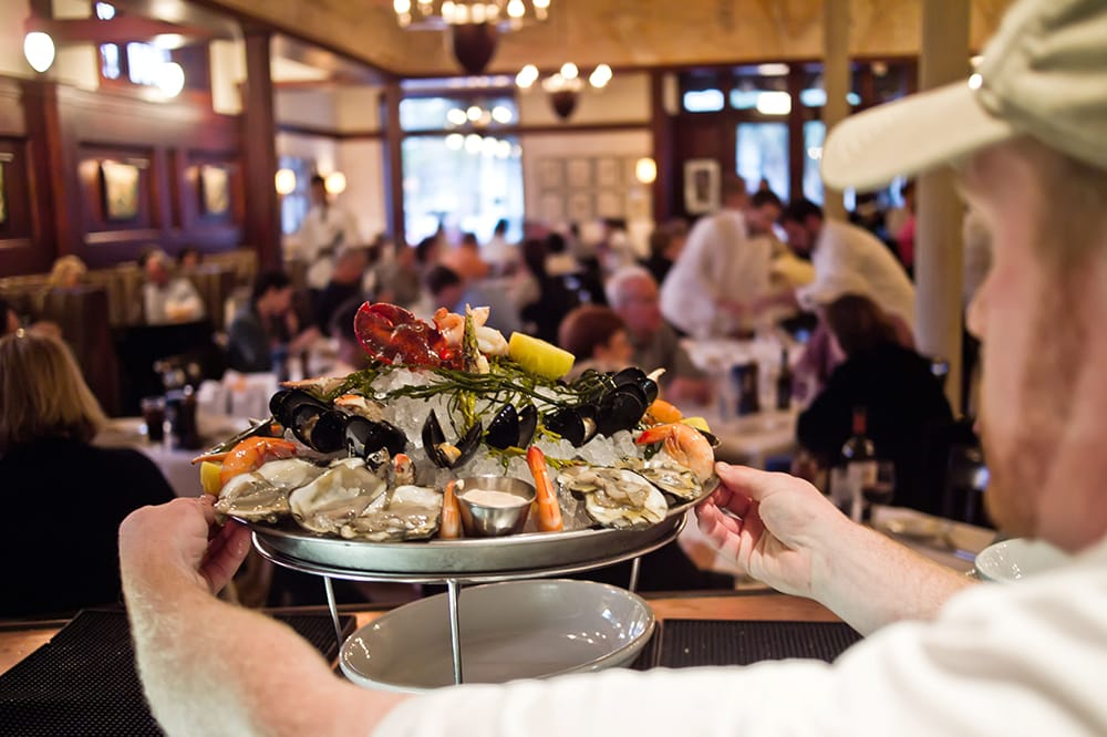 seafood restaurants essay Red lobster case analysis essay the company with more than 40-year experience in seafood restaurants.