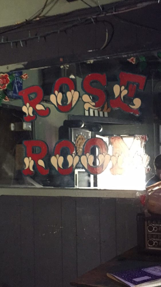 The Rose Room: 528 6th Ave, Dayton, KY