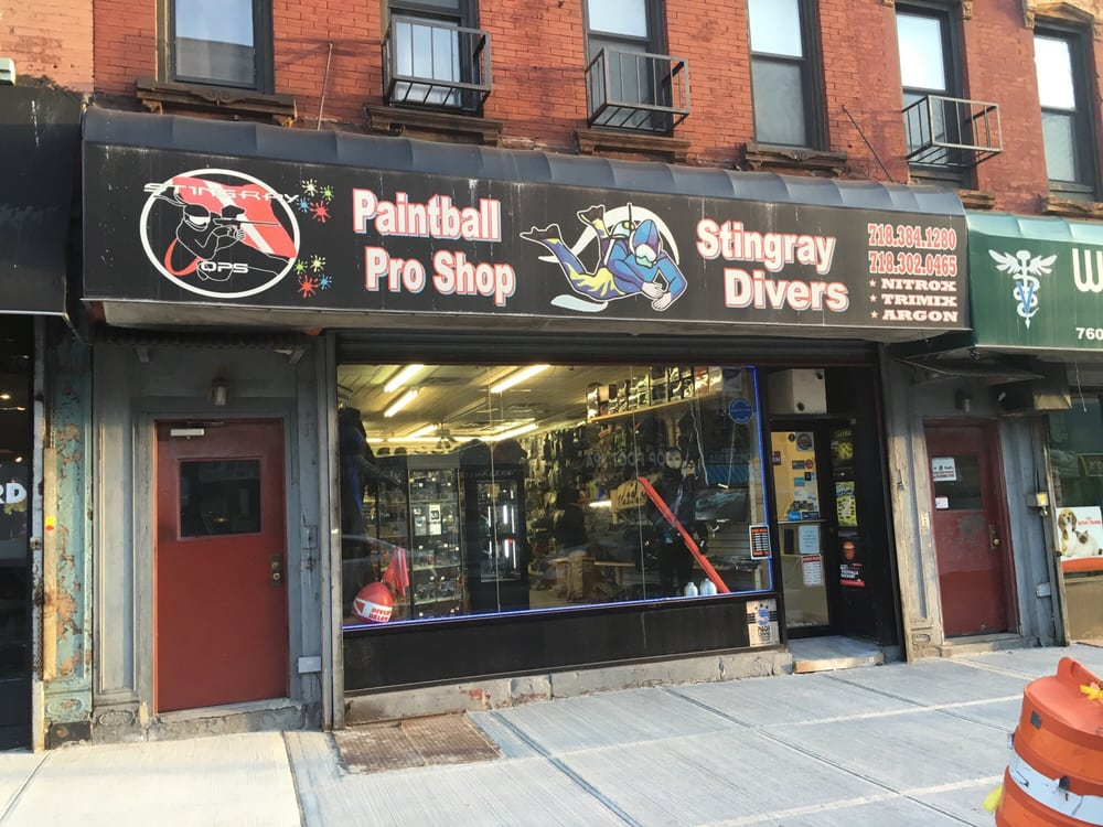 Stingray Divers: 762 Grand St, Brooklyn, NY