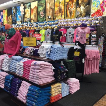 9 reviews of Disney Gift Outlet
