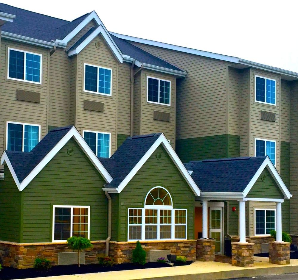 Microtel Inn & Suites by Wyndham Cadiz: 620 Lincoln Ave, Cadiz, OH