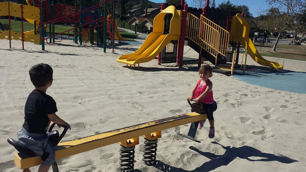 Pepper Tree Playfield: 3720 Old Conejo Rd, Thousand Oaks, CA