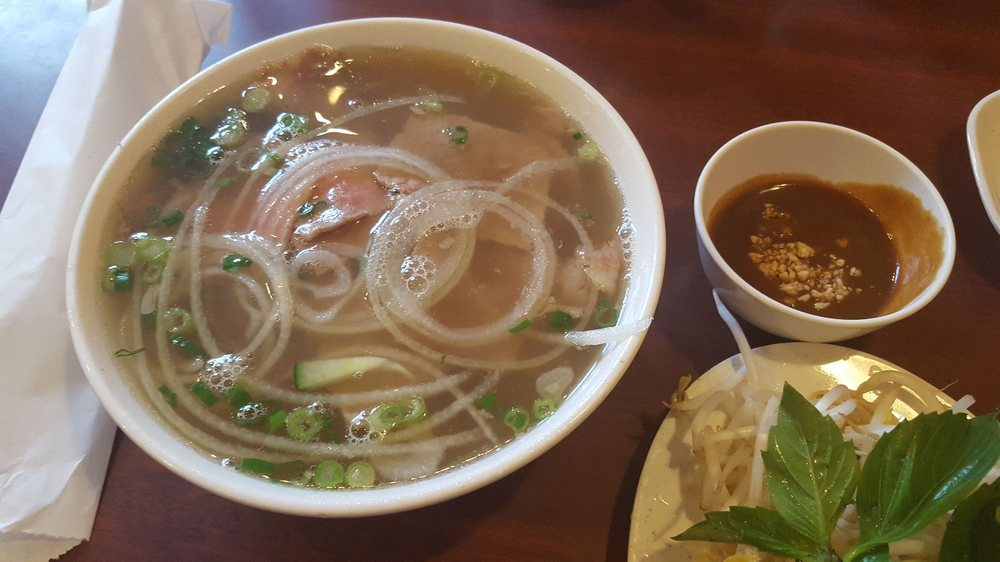 Food from Pho 85
