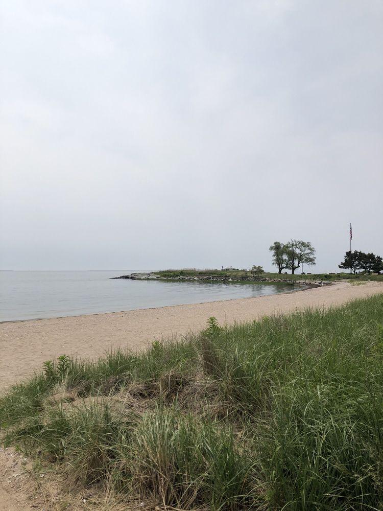 Savin Rock Beach: 6 Rock St, West Haven, CT