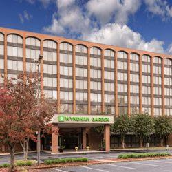 Wyndham Garden Williamsburg Busch Gardens Area 40 Photos 29 Reviews Hotels 201 Water