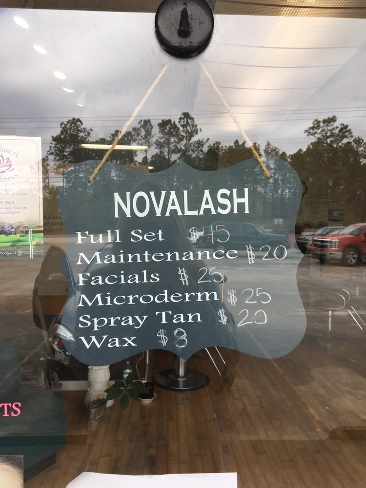 Hairology Salon and Nail: 4213 County Road 218, Middleburg, FL