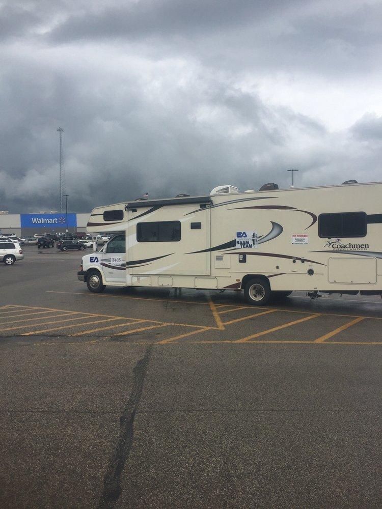 Walmart Supercenter: 2251 E State Hwy 54, Linton, IN