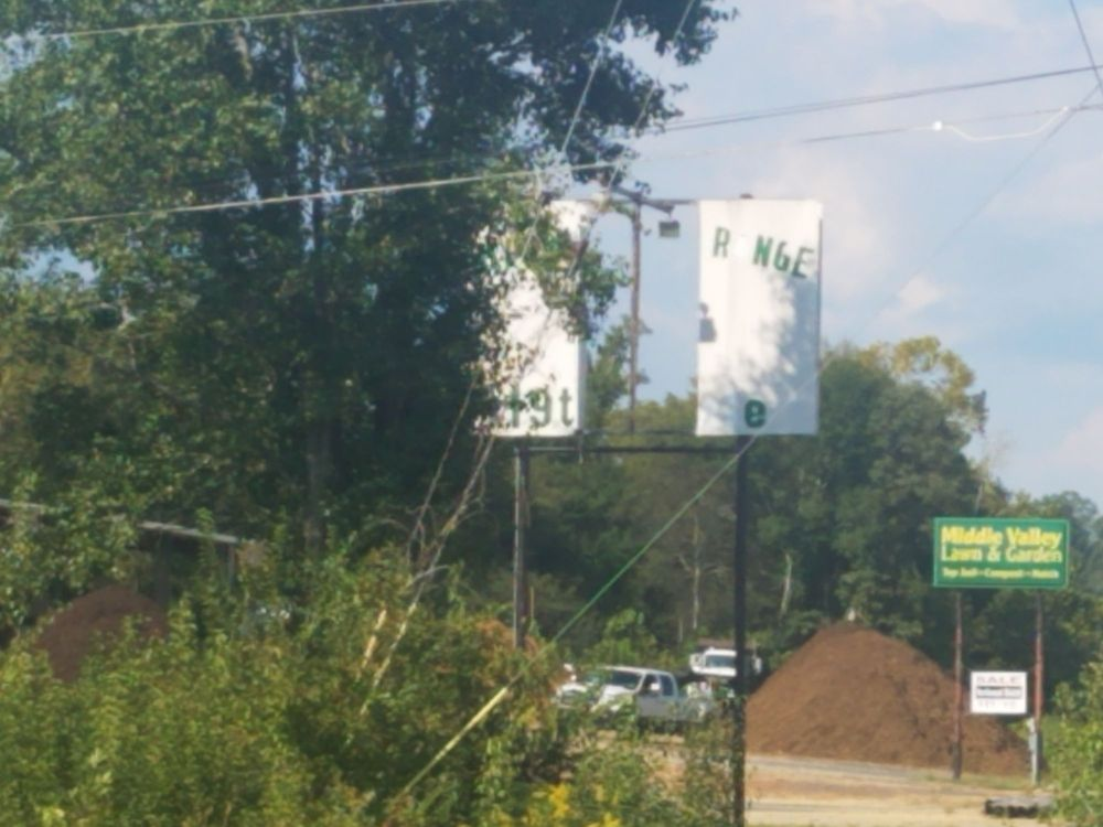 Hixon Golf Range & Mini Golf: 6801 Middle Valley Rd, Hixson, TN