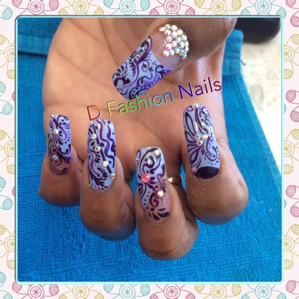 My full hand that was done by Lyn at D Fashion Nails. - Yelp