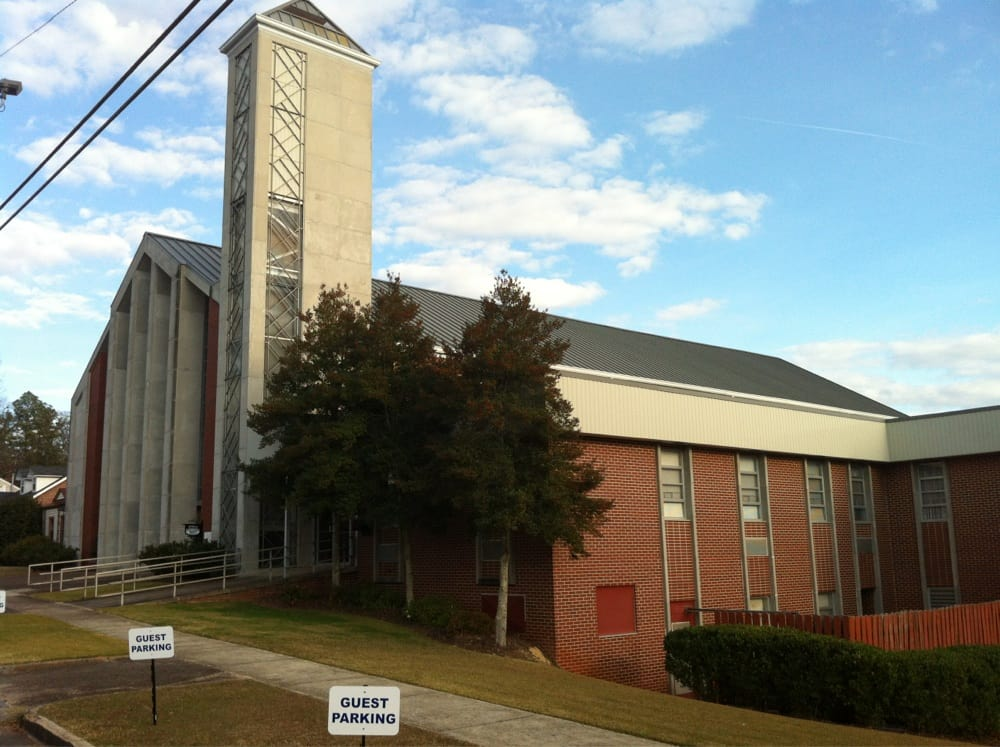 First Baptist Church of Attalla: 607 5th St NW, Attalla, AL