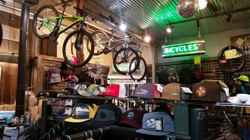 High Altitude Outfitters: 310 Burro Ave, Cloudcroft, NM