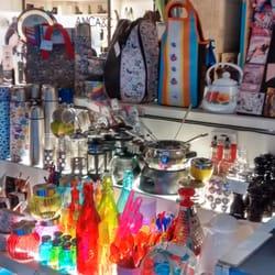 Tienda de regalos av duarte quiros 1400 for Bazar en cordoba