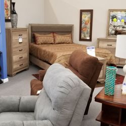 Farmers Furniture 10 Photos Furniture Stores 1245 Veterans