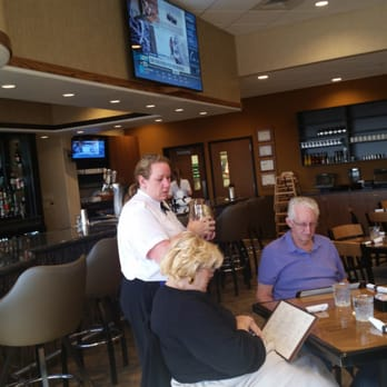 Runways Restaurant Lounge Closed 11 Photos 30 Reviews