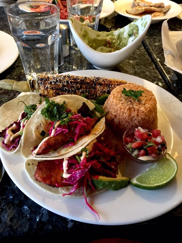 Acitron Cocina Mexicana: 473 Massachusetts Ave, Arlington, MA