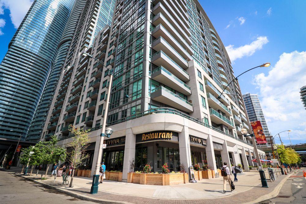 Evviva Breakfast & Lunch - Downtown Toronto