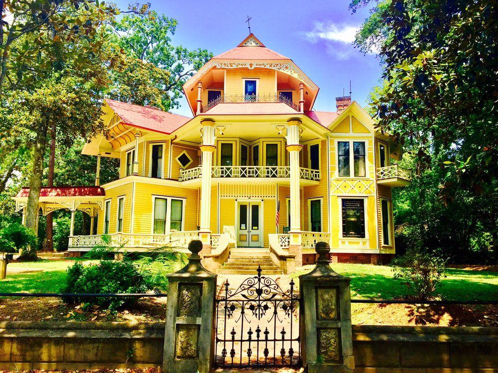 Lapham-Patterson House: 626 N Dawson St, Thomasville, GA
