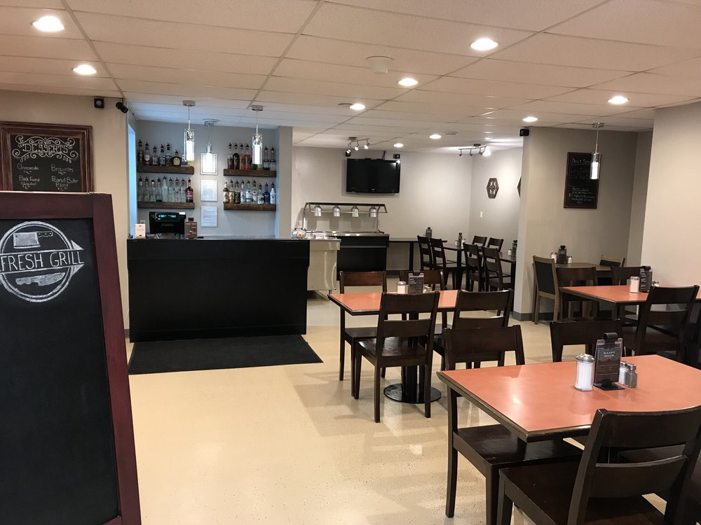 Refresh Grill: 1 Main Street, Frobisher, SK