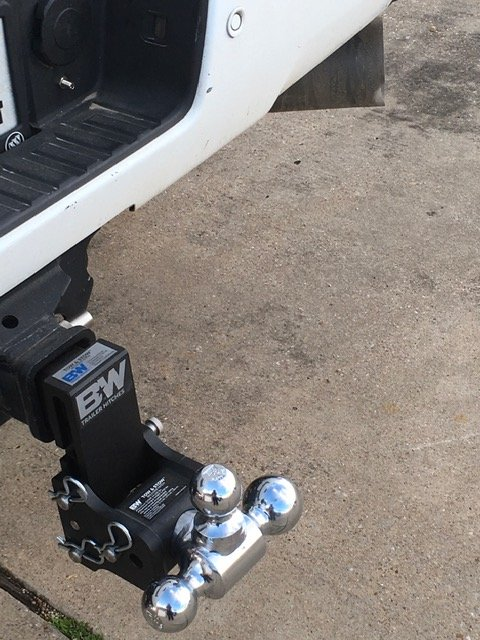 Ideal Truck Accessories: 607 E Moore Ave, Terrell, TX