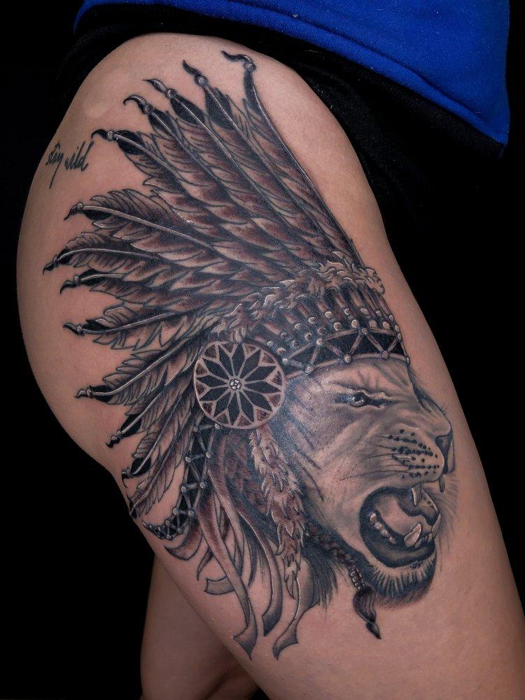 Uniquink Tattoos & Piercings: 747 Ohio Pike, Cincinnati, OH