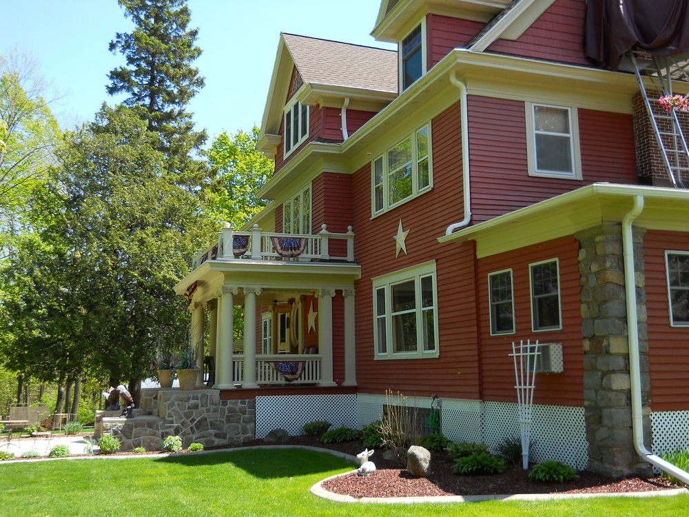Crystal Bell Bed & Breakfast: 4226 River St, Wabeno, WI
