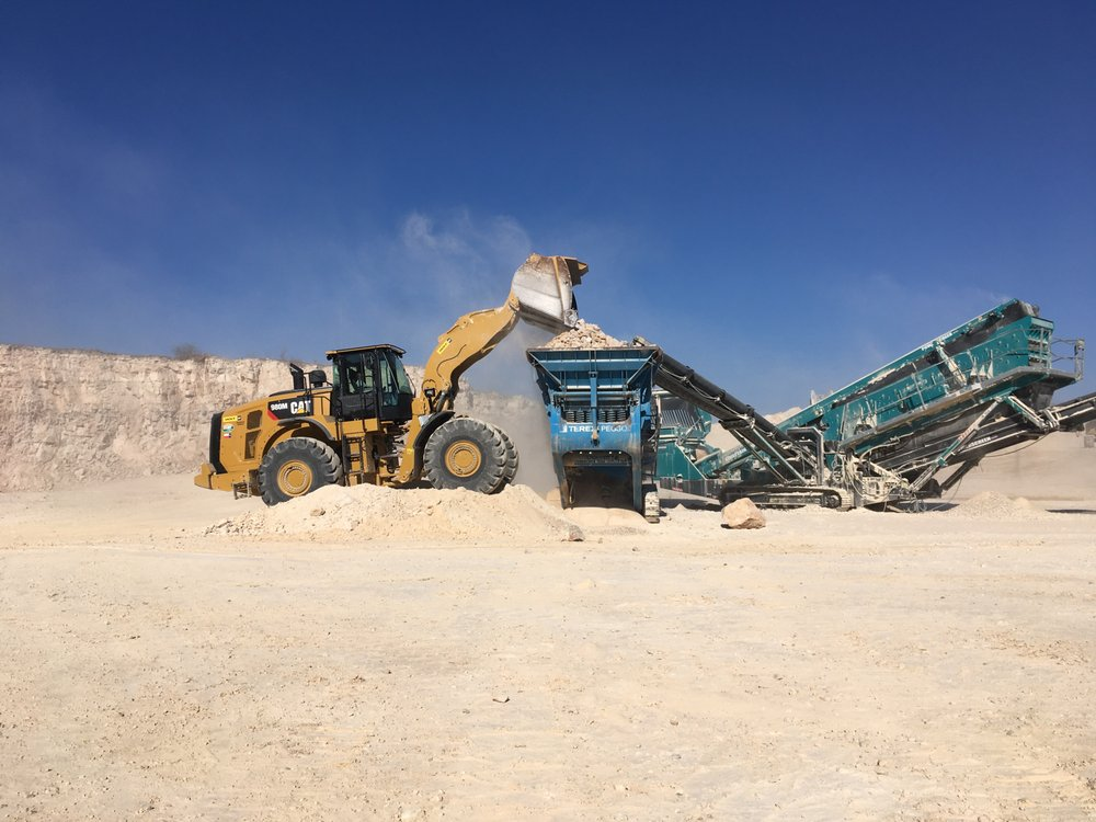 90 West Contractors: 813 Hackberry Ln, Del Rio, TX
