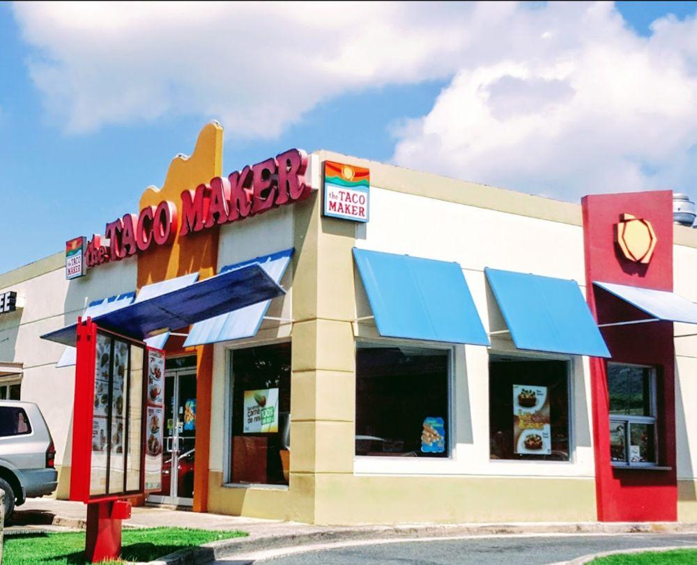The Taco Maker: Grand Boulevard Los Prados S/N, Caguas, PR