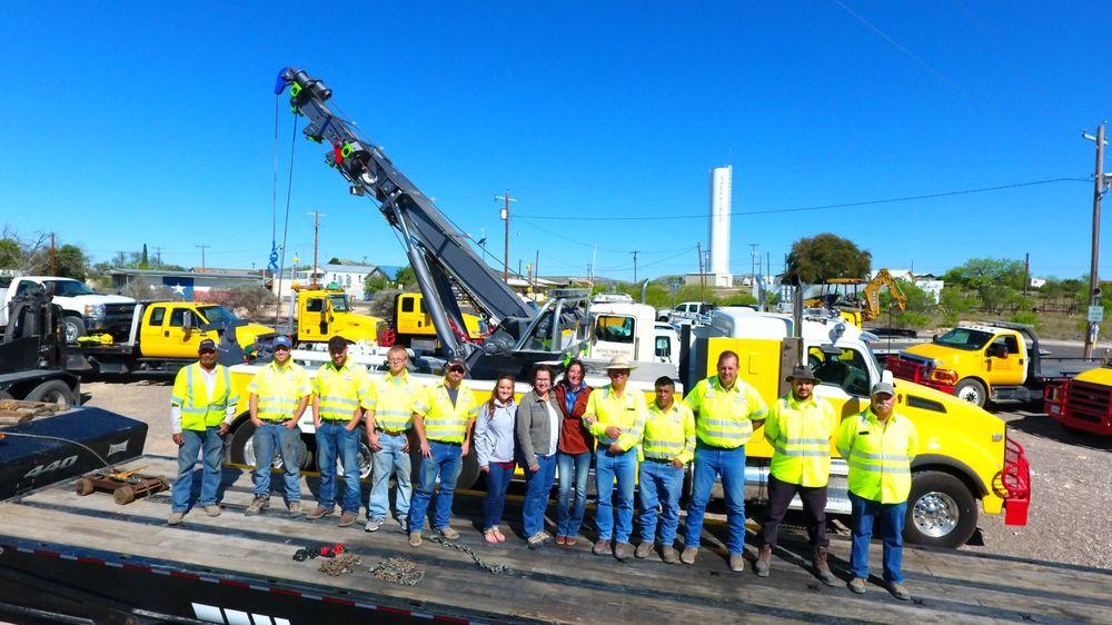 Balmorhea Towing & Truck Tires: 304 N Dallas St, Balmorhea, TX