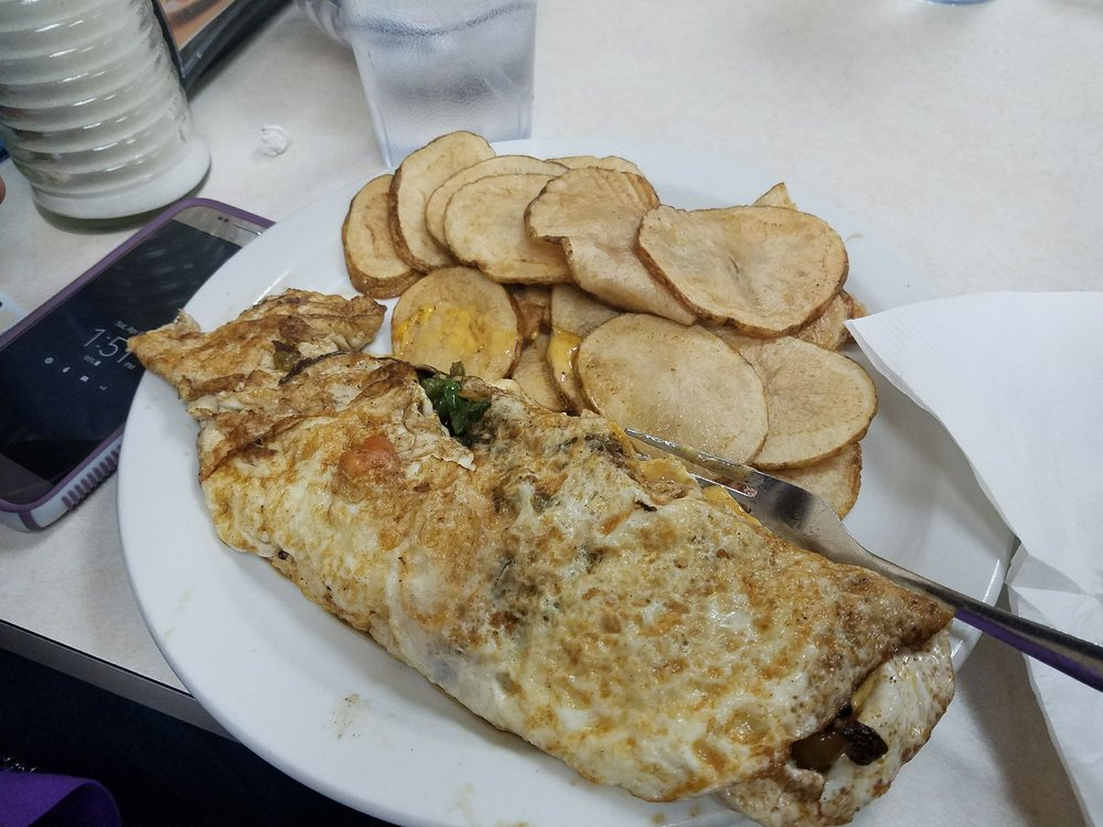 Robbie's Cafe: 803 Pinewood Dr, Live Oak, FL