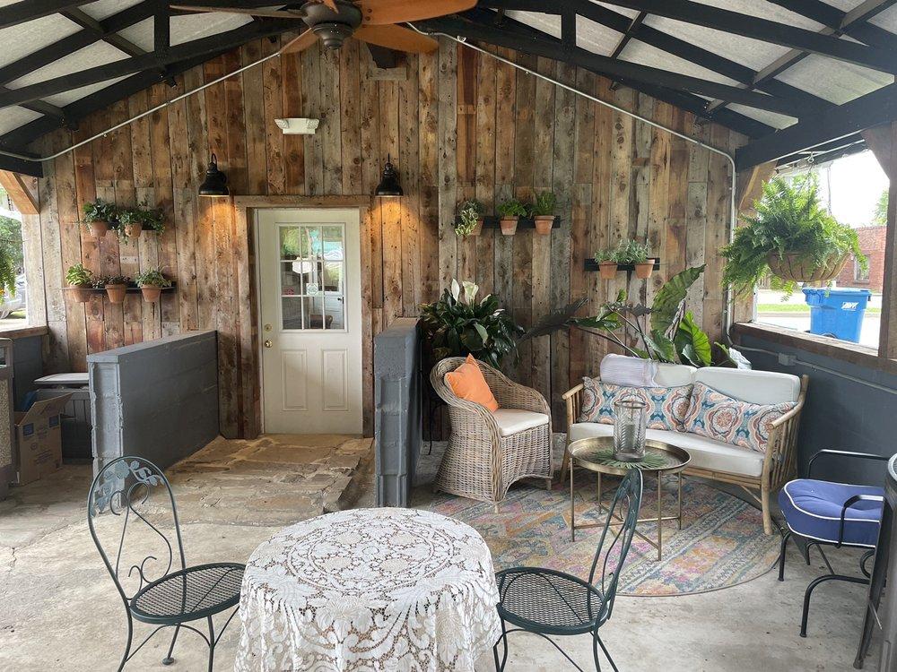 My Crystal Chandelier Coffee House & Gift Shop: 203 1st St, Talihina, OK