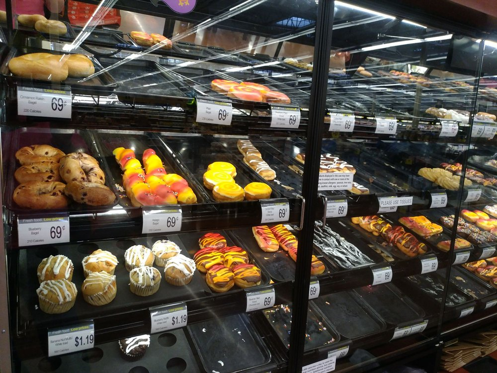 Dillon Stores: 1216 N Main St, Newton, KS