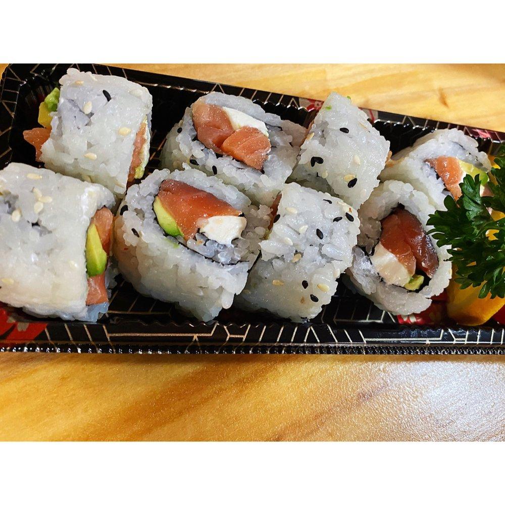 Sushi8: 66 E San Francisco St, Santa Fe, NM