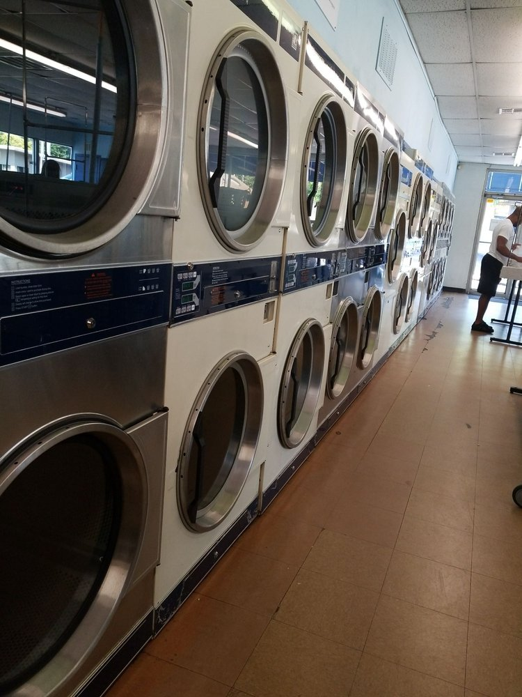 Quick Kleen Laundromat: 4520 N Western Ave, Oklahoma City, OK