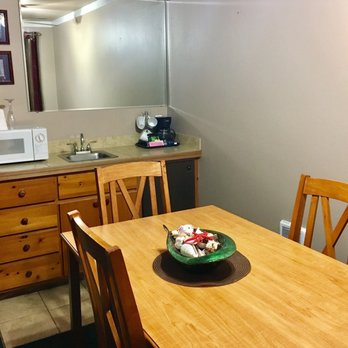cascade lodge motel 36 photos 62 reviews hotels. Black Bedroom Furniture Sets. Home Design Ideas