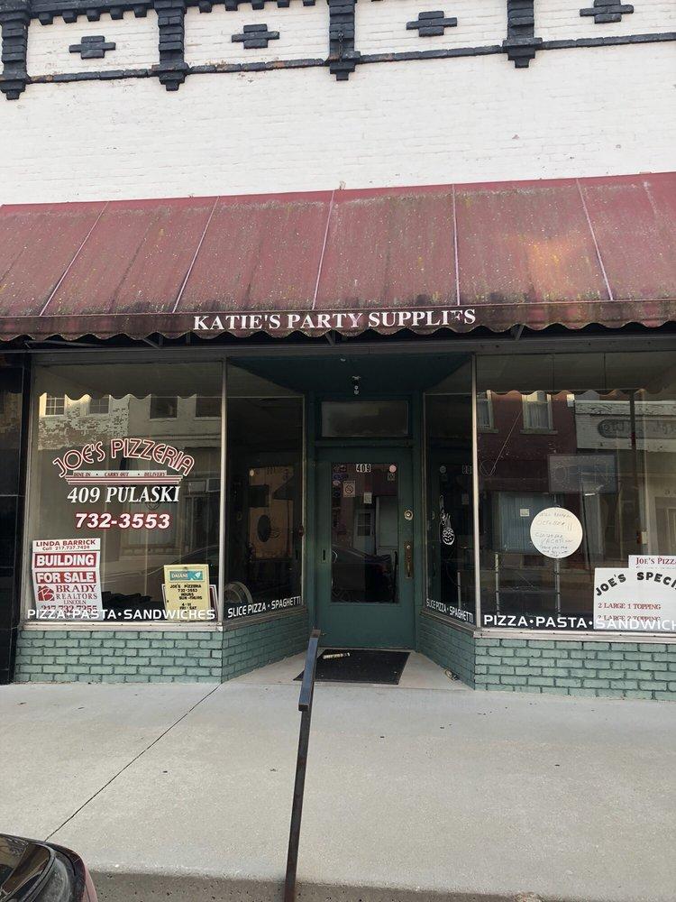 Joe's Pizzeria: 409 Pulaski St, Lincoln, IL