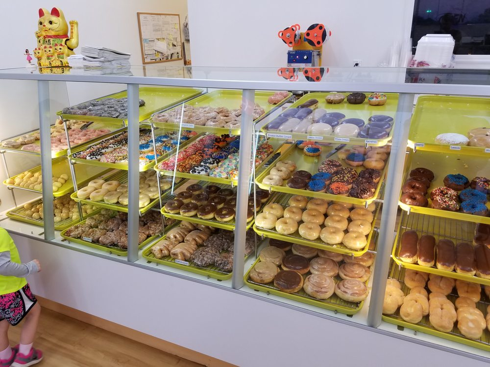 Food from Daily Donuts