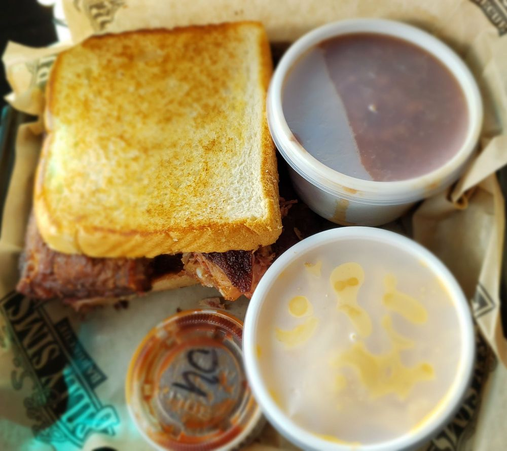 Billy Sims Barbecue: 1442 W Washington St, West Bend, WI