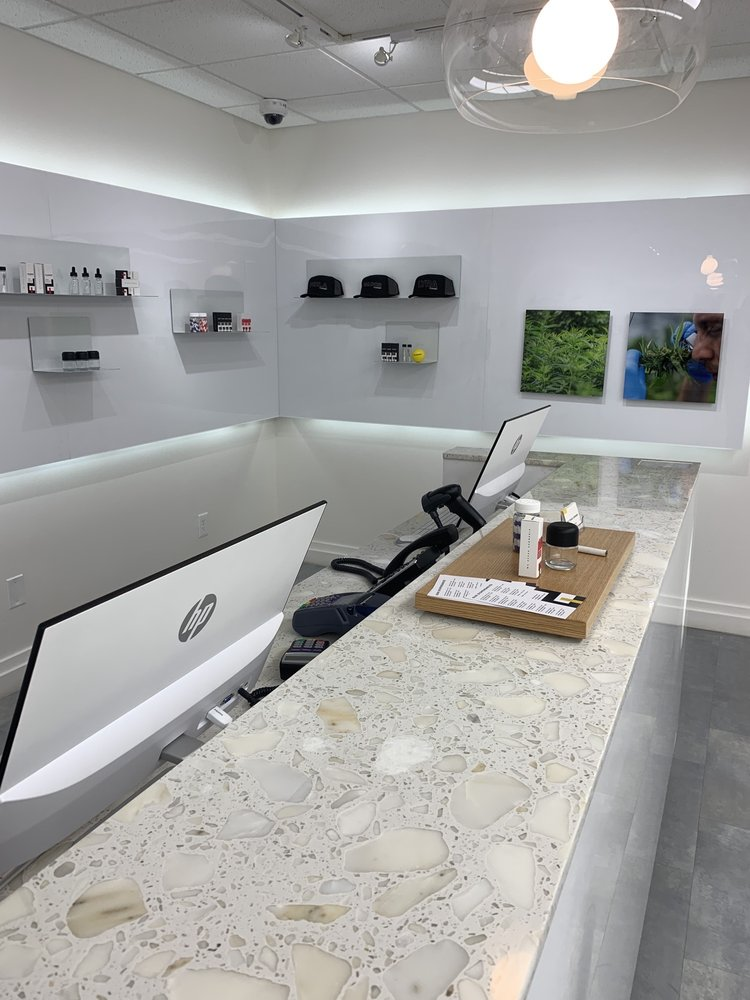 Fluent Cannabis Dispensary - North Miami Beach: 175 NW 167th St, Miami, FL