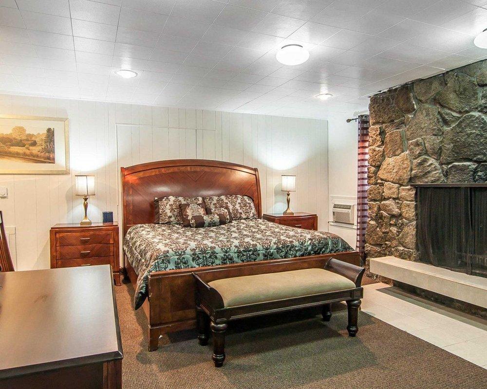 rodeway inn suites 26 photos 18 reviews hotels 904 s e