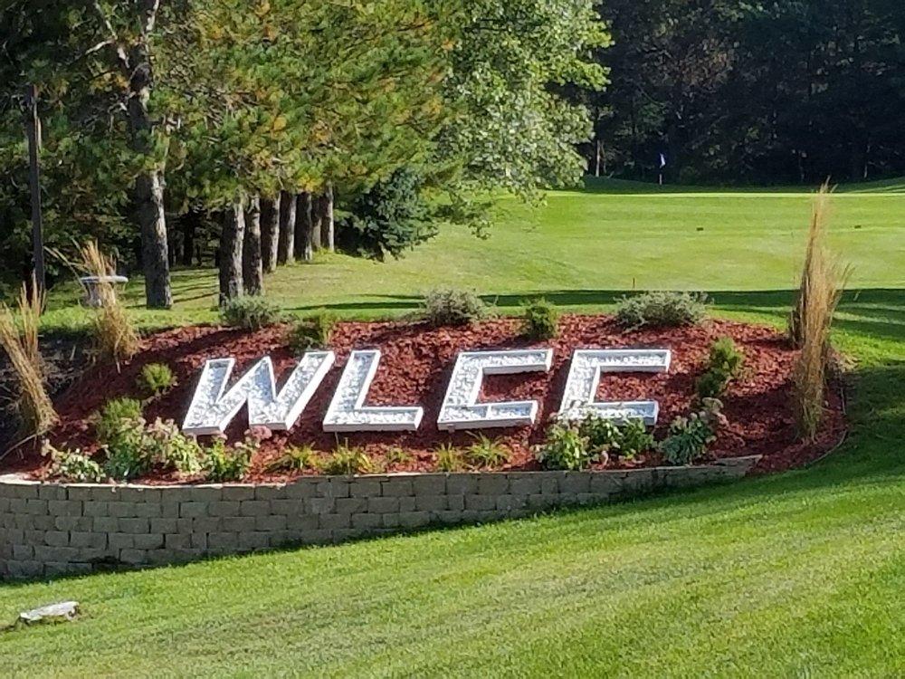 Sondalles Whitelake Golf Course: W1680 Country Club Dr, Montello, WI