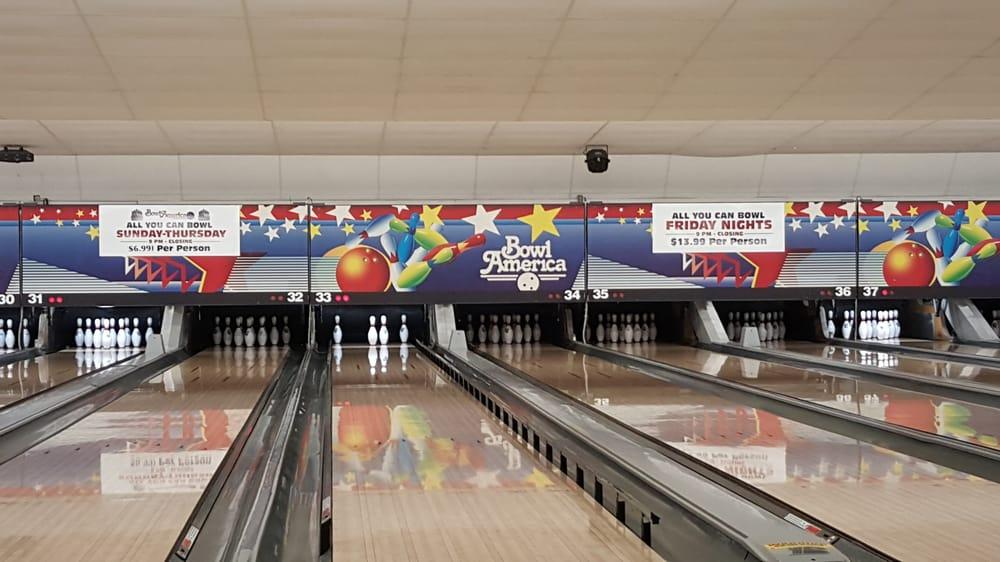 Bowl America: 6450 Edsall Rd, Alexandria, VA