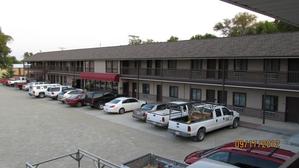 Cottonwood Inn: 1200 State St, Phillipsburg, KS