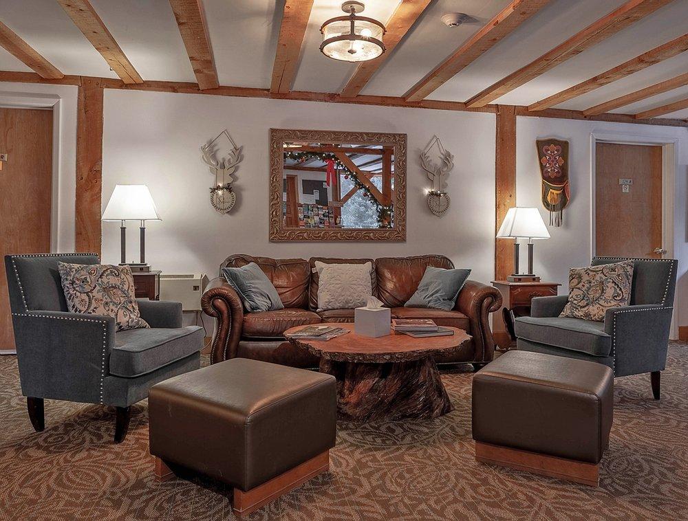 The Austing Haus: 1282 State Hwy 150, Taos Ski Valley, NM